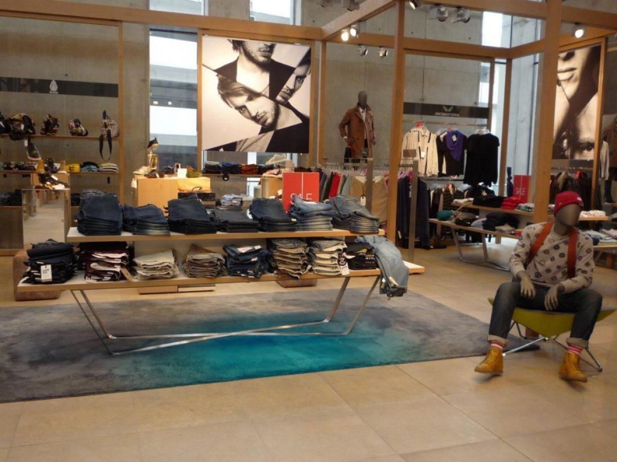 Carpetsign vloerkleed karpet Caméléon grey turquoise big rug