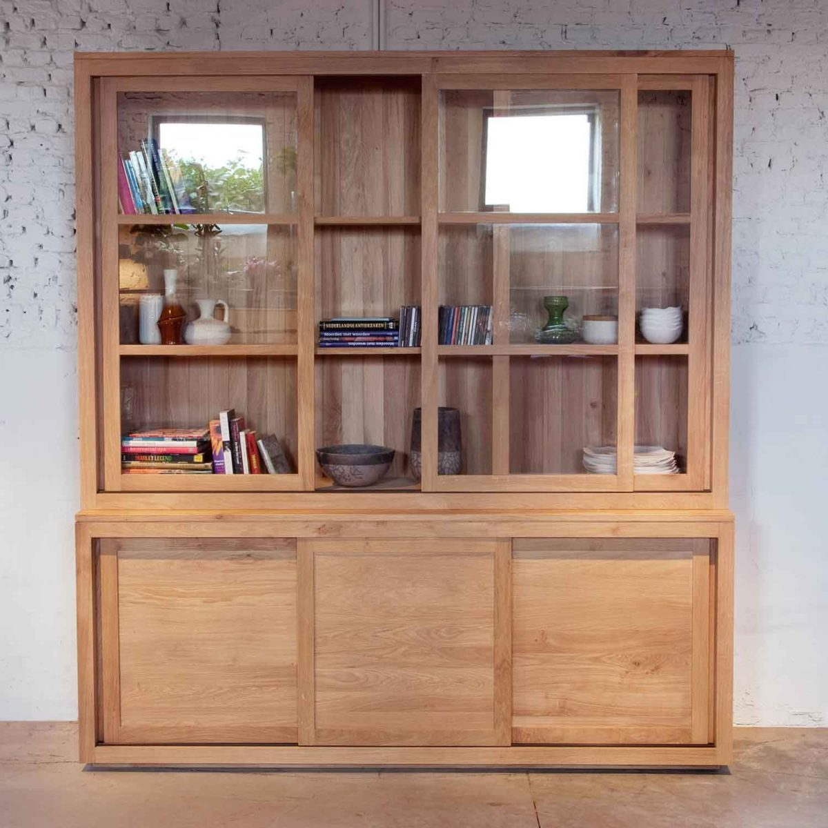 Ethnicraft pure oak dresser 01