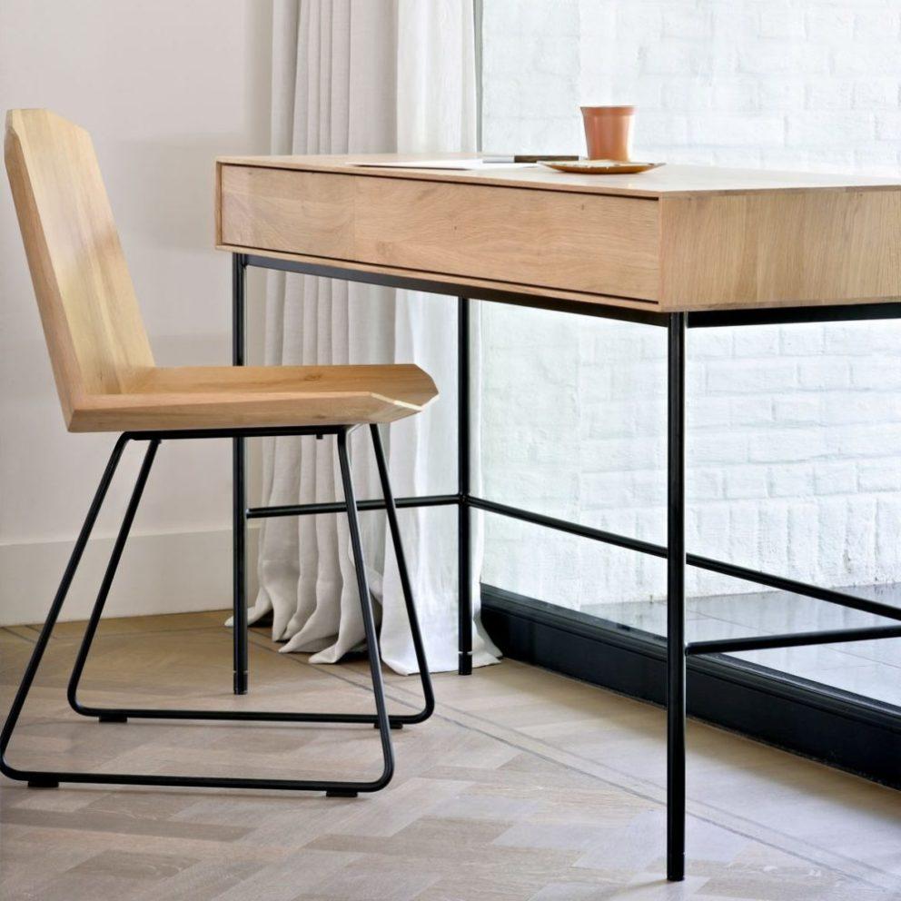 Ethnicraft Oak Facette chair 51461 Oak Whitebird desk 01