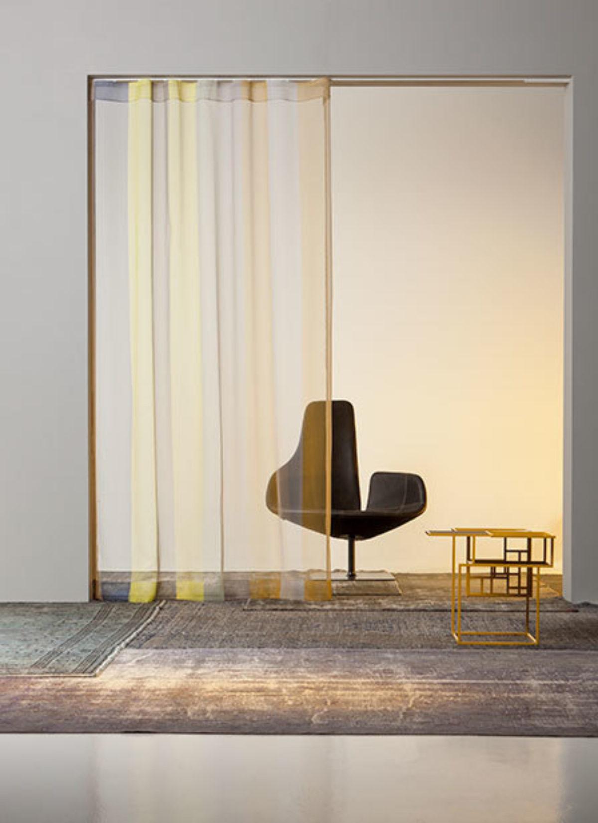 Kendix gordijnen in between vitrage stoffen collectie mist stripe sfeer