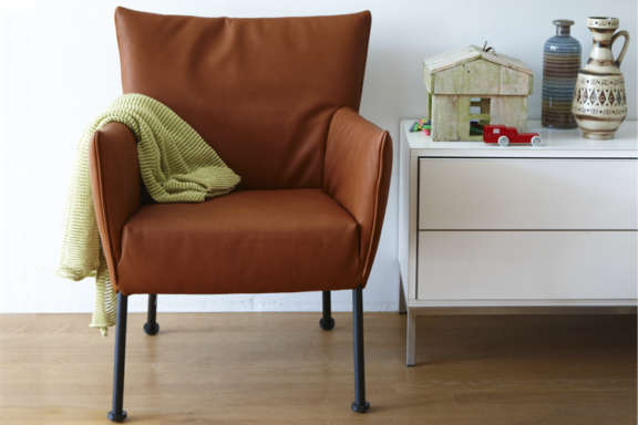 Togo fauteuil label chair relax 1pg