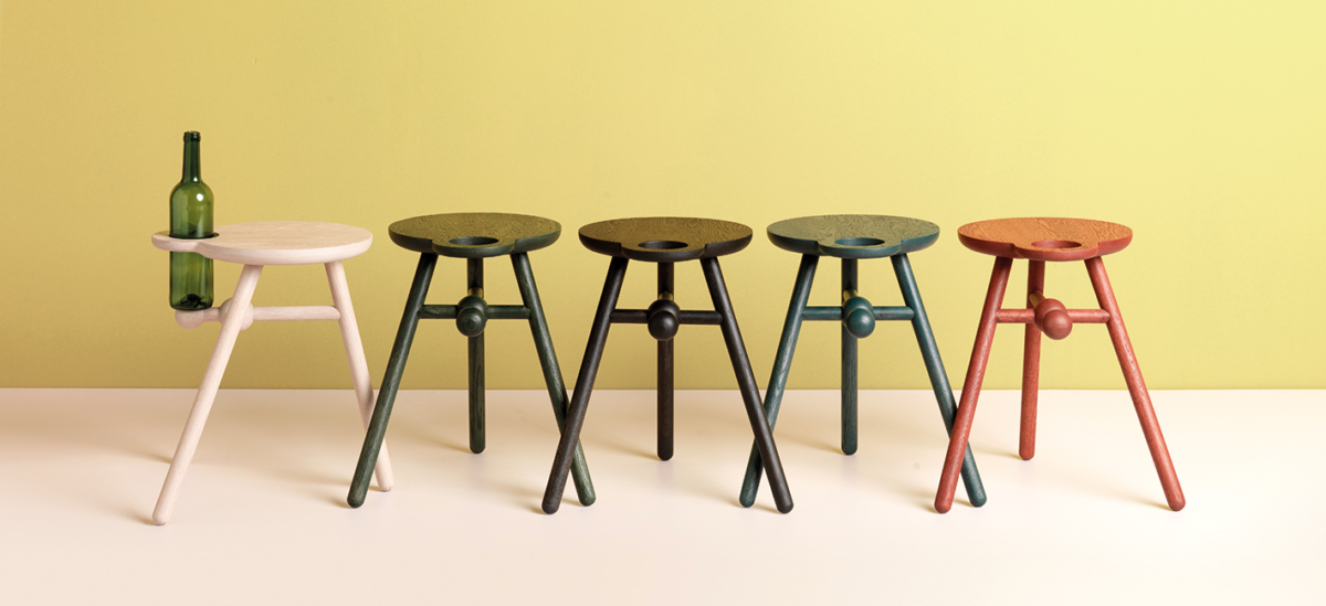 Pode tafels bottle stool slider