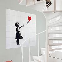 IXXI - Girl with balloon