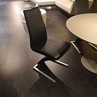 STU7800 stoel leder 60.500 zwart.