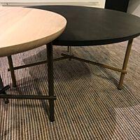 Skitch salontafels doorsnede 50 en 80 cm eiken.