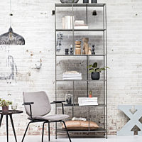 Bodilson - Bookcase Story