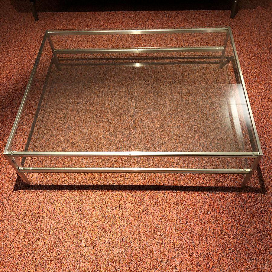 Piano salontafel 120 x 100 x 36 cm.